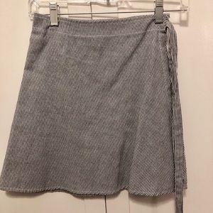 Brandy Melville wrap around skirt